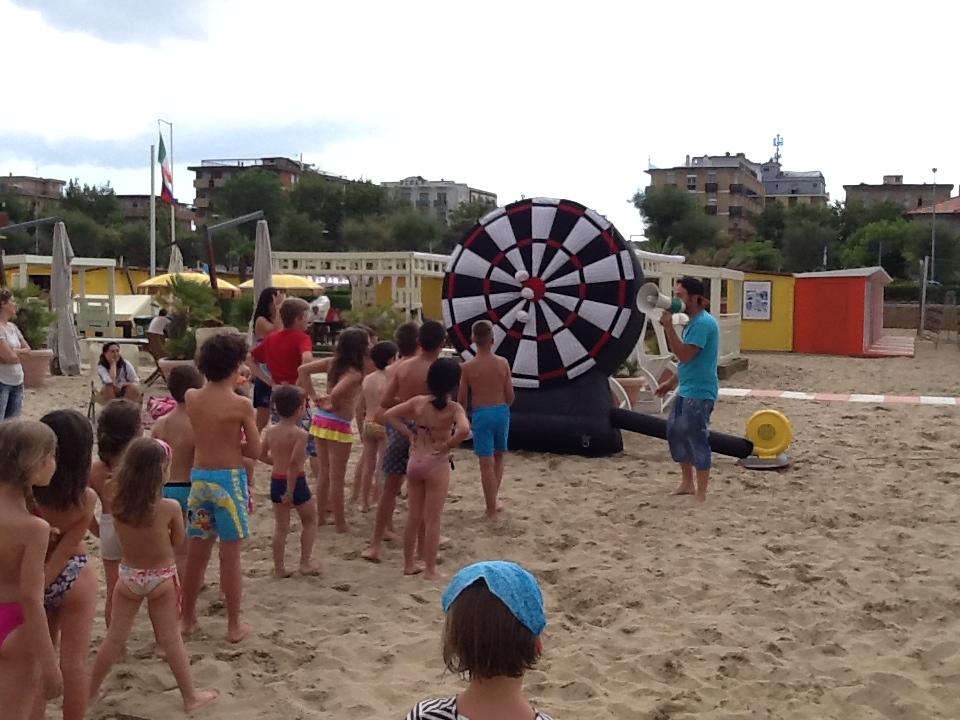 animazione in spiaggia per bimbi a rimini